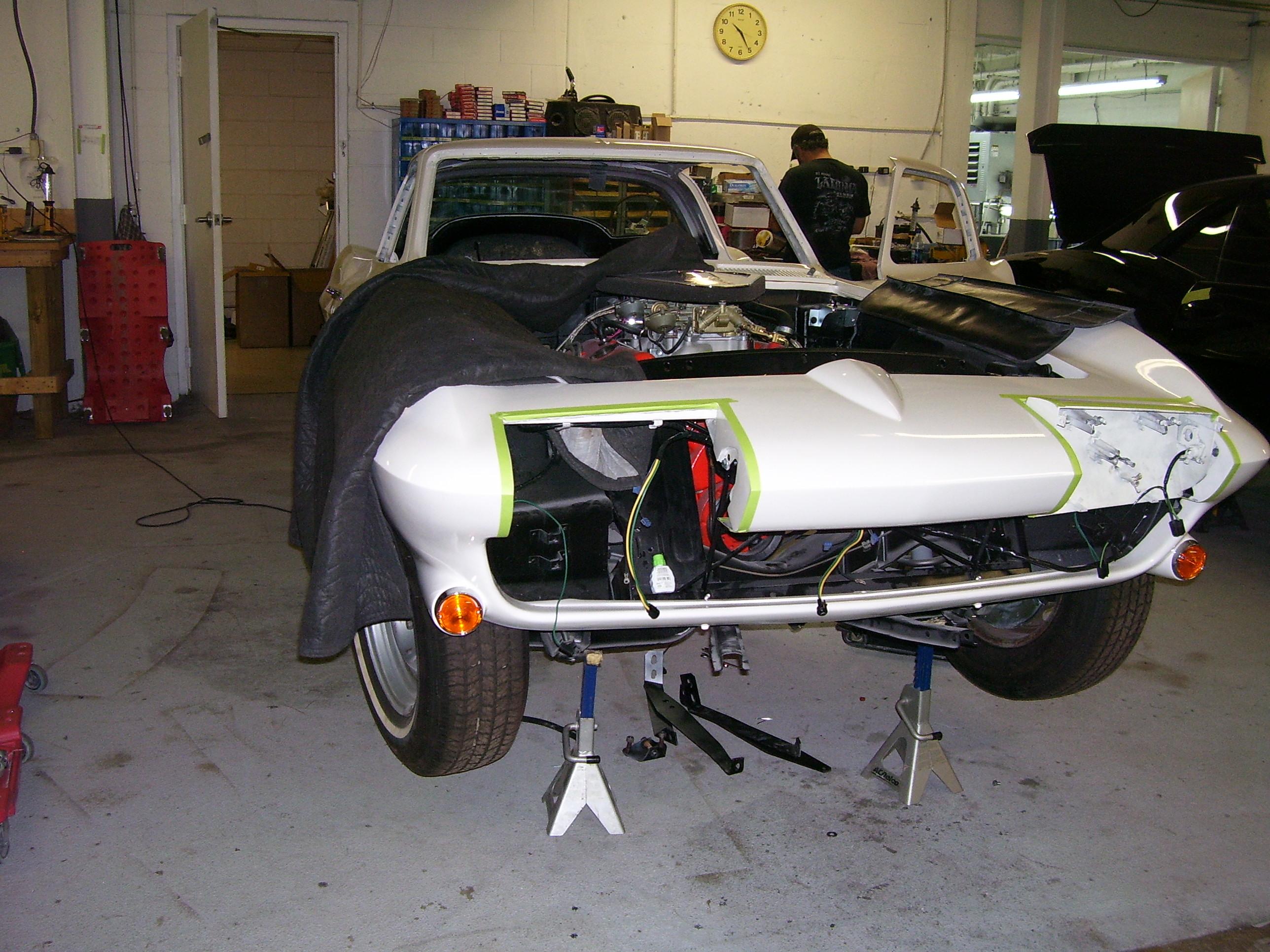 Antique Auto Body : Corvette